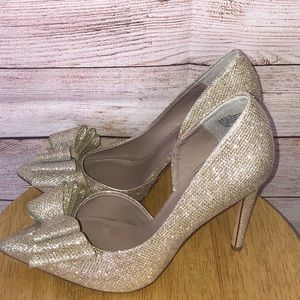 Betsey Johnson Prince Gold Shimmer Tiered Bow Pump